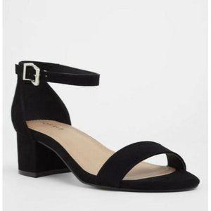 Torrid Womens Size 7 Black Faux Suede Block Heel